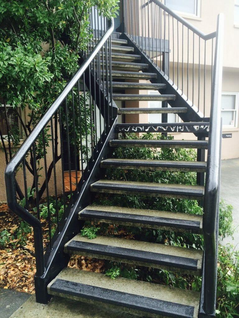 Black Carborundum stair nosing