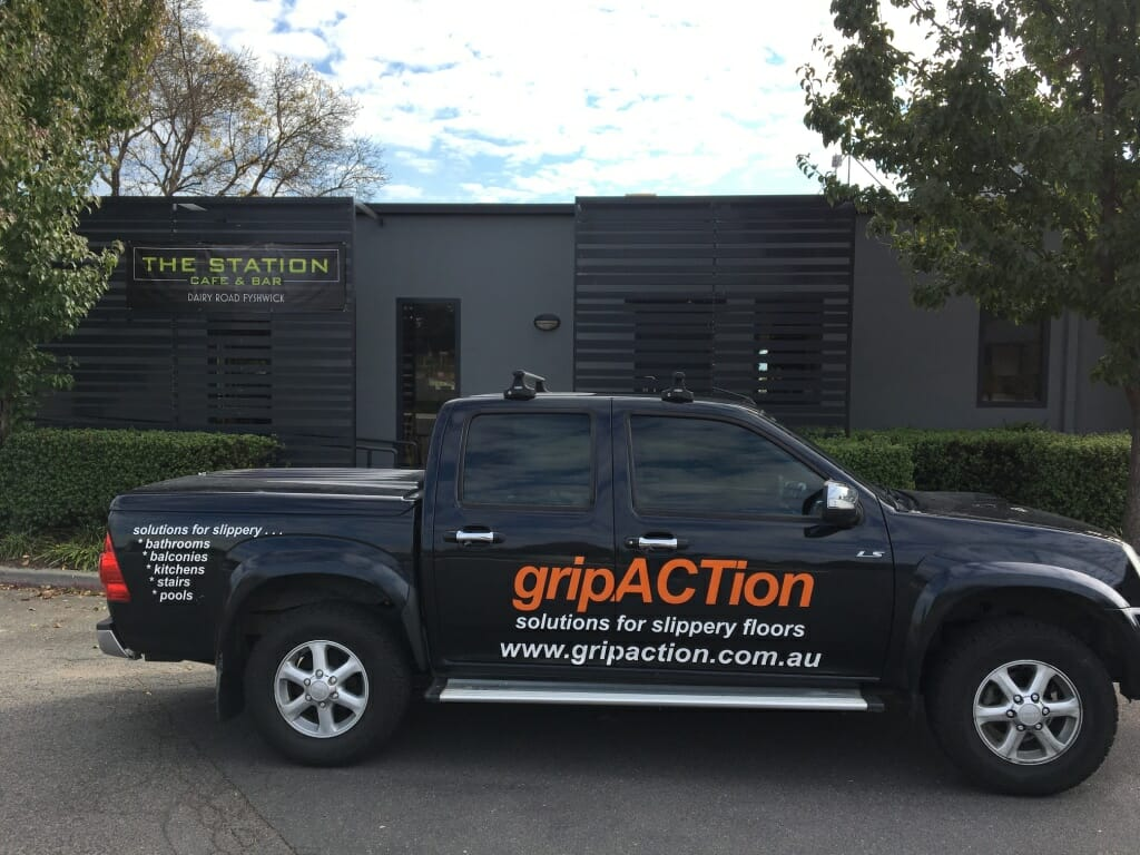 gripACTion - Solutions for Slippery Surfaces